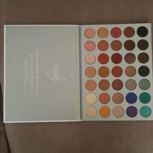 Morphe jacklyn Hill eyeshadow palette